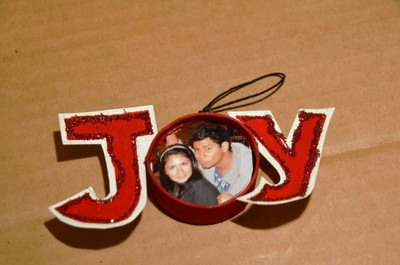 "How to make a Christmas decoration. Recycled Picture ""Joy"" Ornament - Step 9"