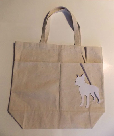 How to paint a painted tote. Diy Painted Reusable Bag With Stripes And Animal Silhouette - Step 1