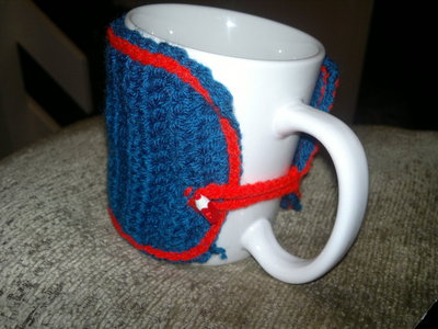 How to make a mug warmer. Quick And Simple Mug Cosy - Step 11