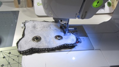 How to sew a fabric animal pouch. Bear Coin Purse - Step 14