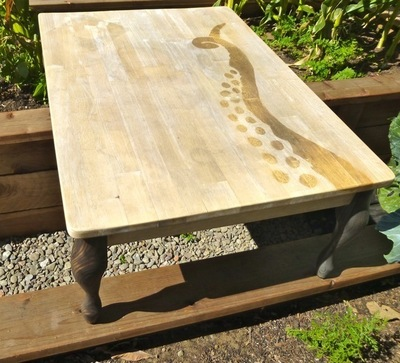 How to make a painted table. Tentacle Table Top - Step 4