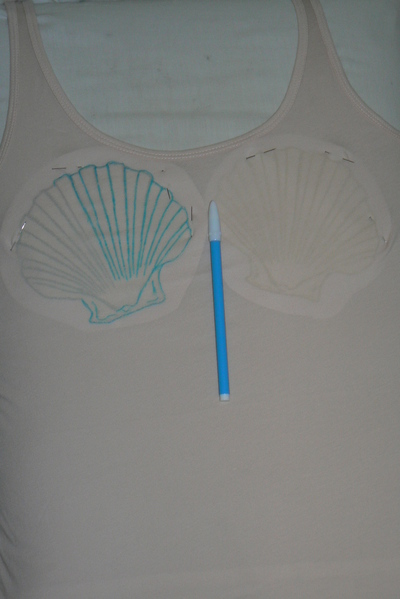 How to make a tank top. Mermaid Shell Top - Step 3