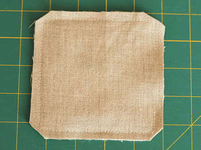 How to sew a fabric coaster. Fair And Square Patchwork Coasters - Step 15