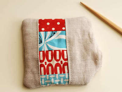 How to sew a fabric coaster. Fair And Square Patchwork Coasters - Step 18