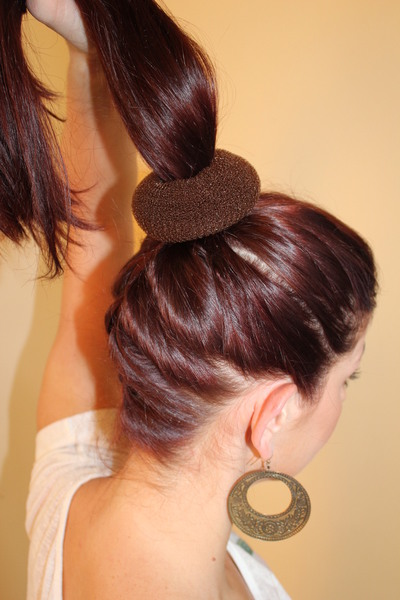 How to style a hair bun. Ballerina Bun - Step 2