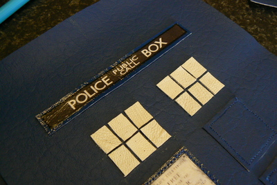 How to make a tablet sleeve. Tardis Kindle Cover - Step 5