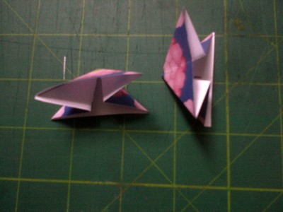 How to fold an origami shape. Original Tea Bag Folded Star - Step 3