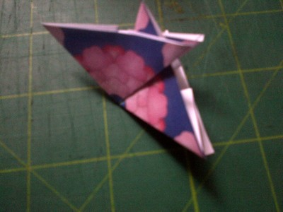 How to fold an origami shape. Original Tea Bag Folded Star - Step 4