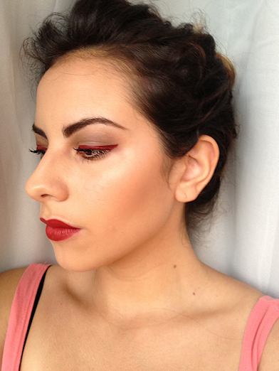 How to create a red eye makeup look. Romantic Red Makeup Look - Step 4