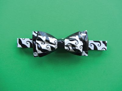 How to make a bow tie. Double Bow Tie - Step 11