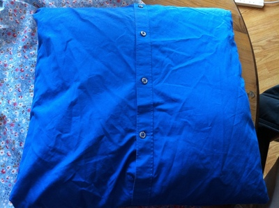 How to make a recycled cushion. Shirt To Cushion Cover - Step 5