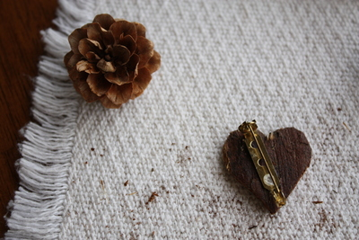 How to make a wooden brooch. Bark Heart Brooch - Step 5