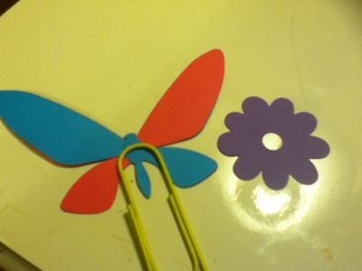 How to make a paperclip. Embellished Giant Paperclips - Step 8