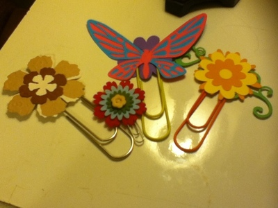 How to make a paperclip. Embellished Giant Paperclips - Step 16