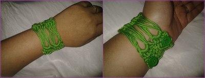 How to stitch a knit or crochet bracelet. Crochet Cuff - Step 3