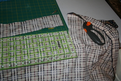 How to make a lanyard / strap. Sew A Fabric Backed Ribbon Lanyard And Keychain - Step 5
