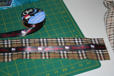 How to make a lanyard / strap. Sew A Fabric Backed Ribbon Lanyard And Keychain - Step 6