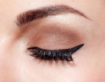 How to create an eye makeup look. Sophia Loren - Step 1