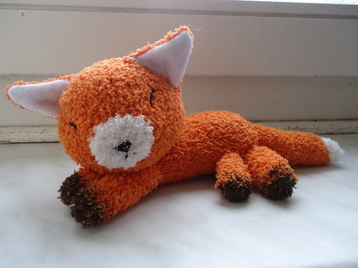 How to make a fox plushie. Fox Sock Plushie - Step 8