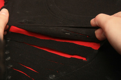 How to cut a heart cut-out top. Ripped Heart Tee - Step 5
