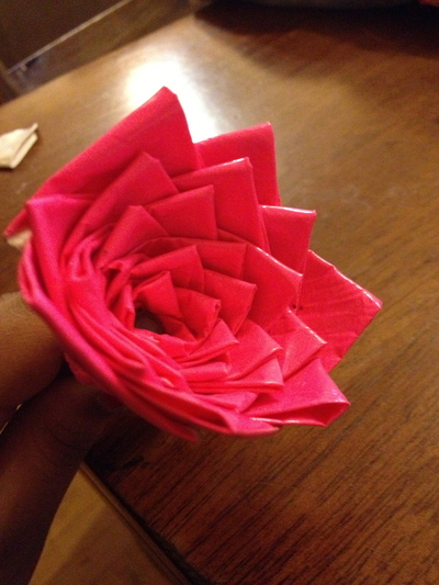 How to make a duct tape model. Duct Tape Bouquet - Step 3