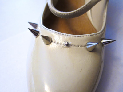 How to make a pair of embellished shoes. Spike Studded Shoes - Step 5