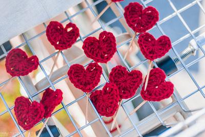 How to make a shape plushie. Heart Yarn Bomb - Step 1