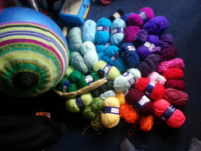 How to make a plushie toy. Amazeballs   Crochet Yoga Balls - Step 3