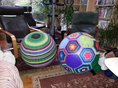 How to make a plushie toy. Amazeballs   Crochet Yoga Balls - Step 5