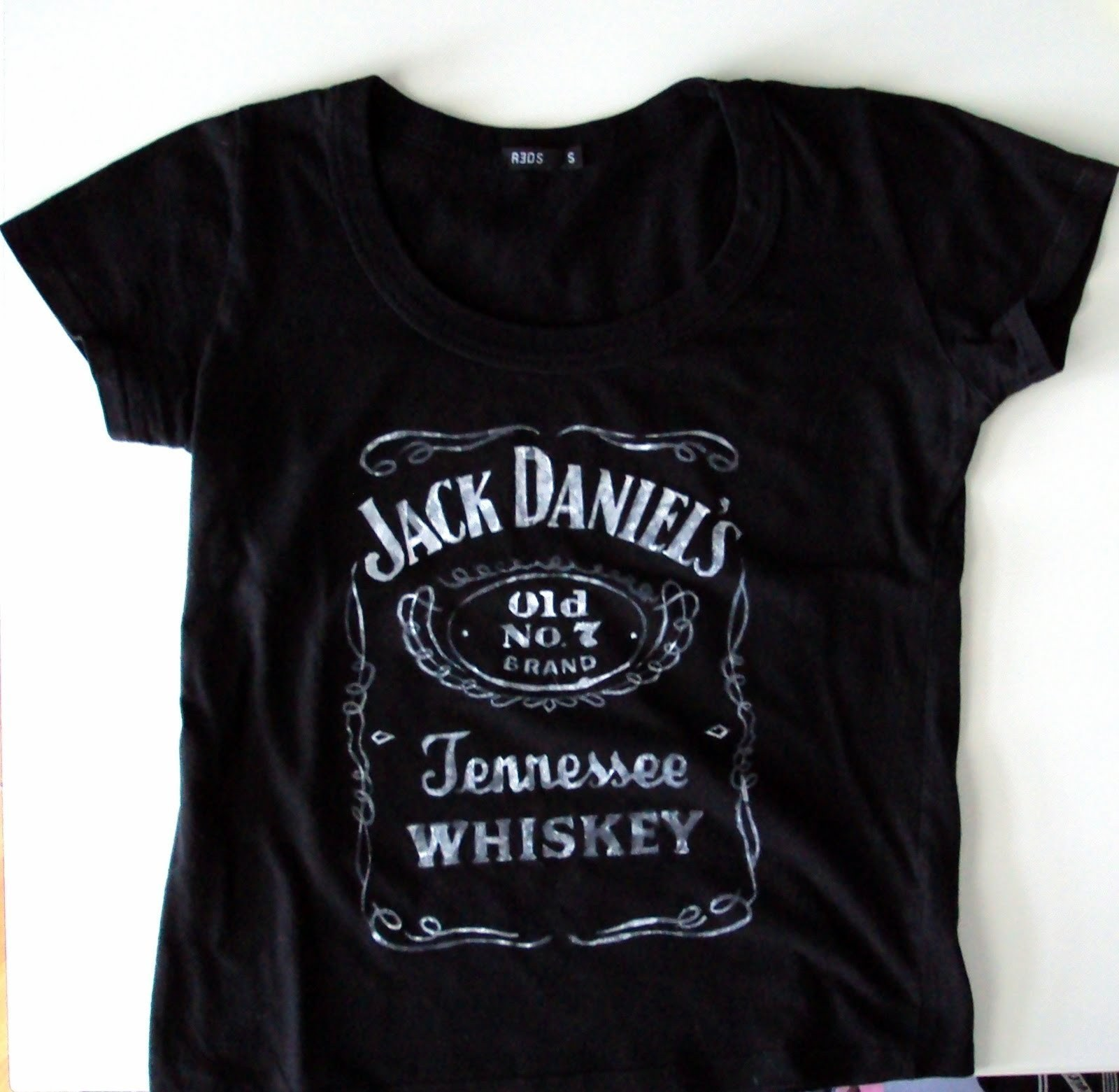 Shirt jack design template - Diy Stenciled Jack Daniel S T Shirt How To Paint A T Shirt Stencilling On Cut Out Keep