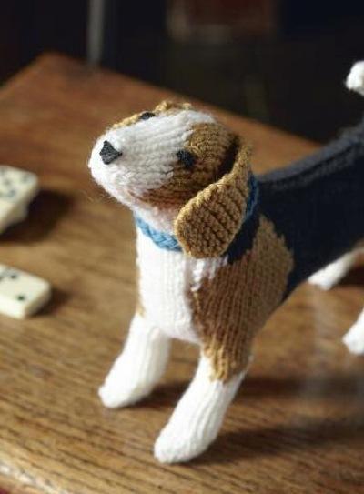 How to make a beagle plushie. Beagle - Step 12