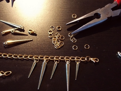 How to make a spike necklace. Golden Spike Necklace - Step 1