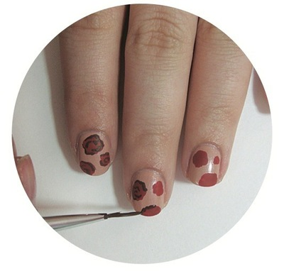 How to paint patterned nail art. Vintage Rose Nails - Step 3
