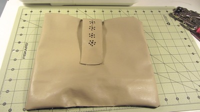 How to sew a bow clutch. Bow Clutch - Step 17