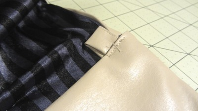 How to sew a bow clutch. Bow Clutch - Step 21