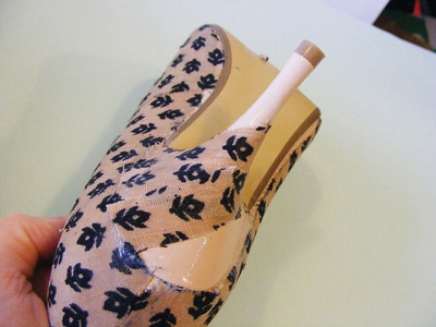 How to make a pair of fabric covered shoes. Fabulous Fabric Covered Shoes - Step 6