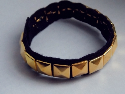 How to make a cuff. Golden Stud Bracelet - Step 2