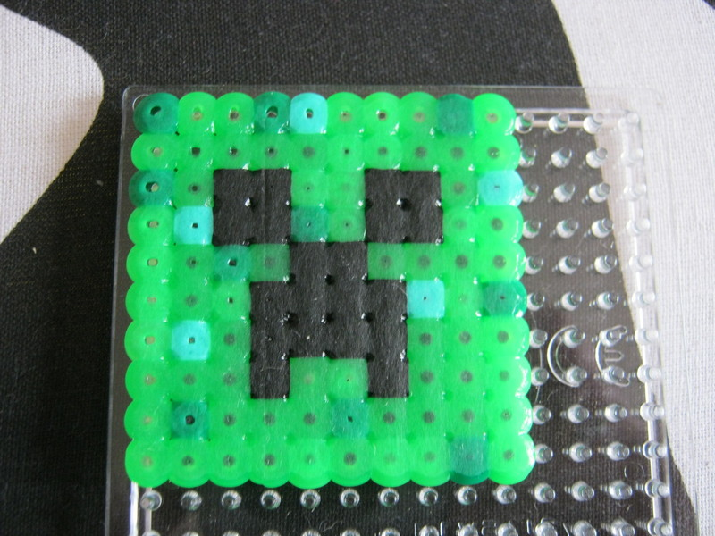 Perler Bead Minecraft Block 3 Steps With Pictures - Bead