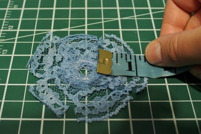 How to make a ribbon brooch. Diy Button Brooch  - Step 5
