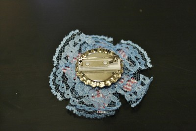 How to make a ribbon brooch. Diy Button Brooch  - Step 13