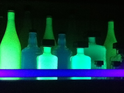 How to make a bottle lamp. Glowing Highlighter Bottles - Step 4