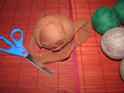 How to make a home accessory. $1 Wool Dryer Balls Using Salvaged Sweaters! - Step 5