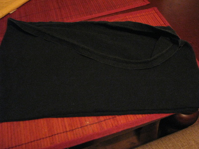 How to make a t-shirt scarf. Shirt To Purse! - Step 3