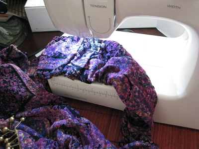 How to make a t-shirt scarf. Shirt To Purse! - Step 7