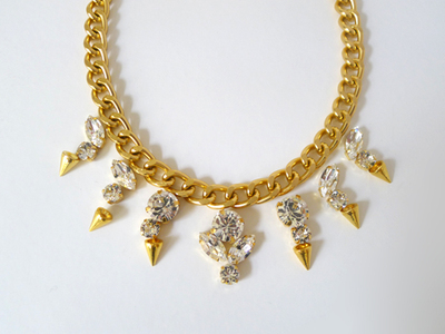 How to make a spike necklace. Diy Crystal Spike Necklace - Step 2