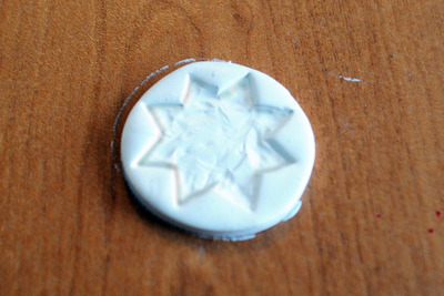 How to make a clay ring. Glitter And Gold Starburst Ring - Step 3