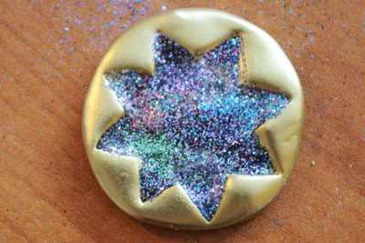 How to make a clay ring. Glitter And Gold Starburst Ring - Step 5