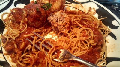How to cook a spaghetti dish. Pasta With Turkey Meat Balls And Sauce - Step 9