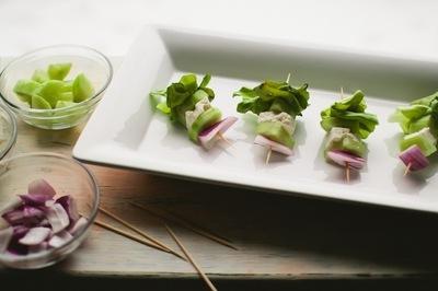 How to cook a greek salad. Greek Salad Skewers - Step 3