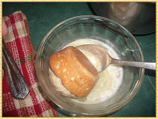 How to bake a cinnamon muffin. Cinnamon Sugar Muffins - Step 5